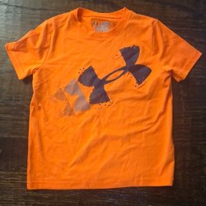 Under Armor boys heat gear YXS T-shirt
